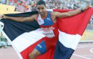 Luguelín Santos encabeza a atletas dominicanos que se mudan a Baréin