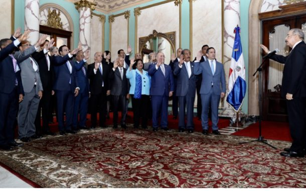 VIDEO: Presidente Danilo Medina juramenta funcionarios designados ayer a través de decretos