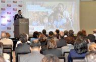 Andrés Navarro apoya estudio para reducir la deserción escolar en procura de la educación más inclusiva