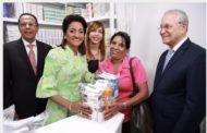 """Despacho de la Primera Dama pone en servicio""""Farmacia Cuenta Conmigo""""; entrega medicinas gratis"""