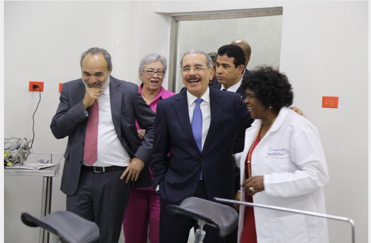 VIDEO: Danilo Medina cumple con los comunitarios de Polo, les entrega hospital remozado y equipado