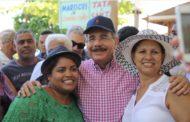 """""""Admiración y absoluto respeto"""", eso siente Danilo Medina por las mujeres dominicanas"""