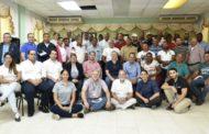 Pequeños pescadores de Pedernales se reúnen con representantes supermercados