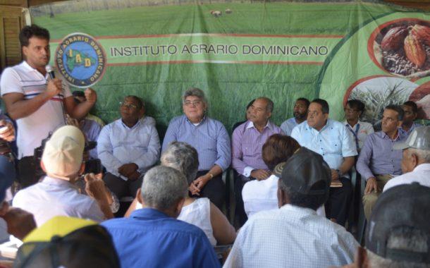 Gobierno inicia proyecto desarrollo sostenible con siembra café, cacao y aguacate para mejorar calidad de vida productores Pedro García
