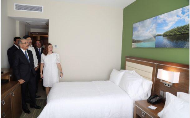 RD sigue atrayendo inversiones: Danilo Medina asiste a inauguración Hotel Hampton by Hilton