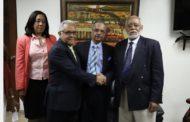 """VIDEO: Rafael Sánchez Cárdenas, ministro de Salud Pública, en visita a presidente CMD, Wilson Roa: """"Trabajar en conjunto es fundamental"""""""