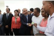 VIDEO: Danilo pone en marcha Teleférico de Santo Domingo. Más de 287 mil beneficiarios ahorrarán 30 minutos de tiempo y 30% costo de pasaje