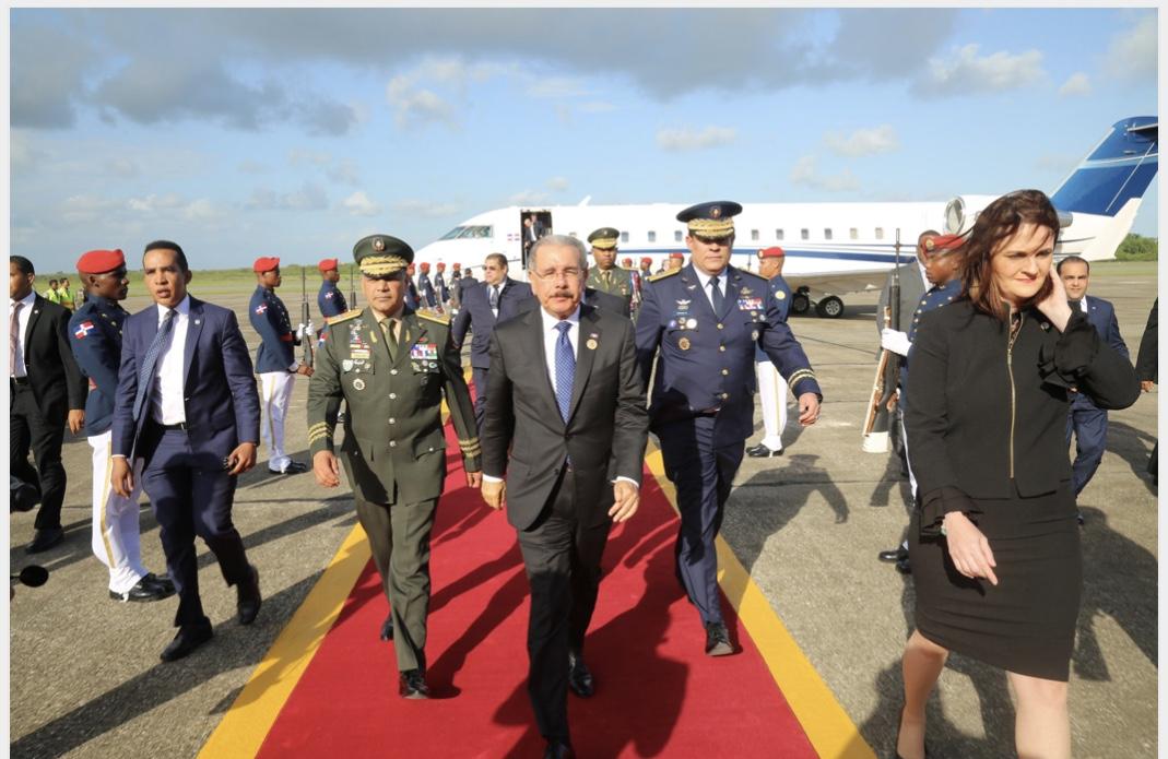 Tras asistir a transmisión de mando nuevo presidente de Costa Rica, Danilo Medina regresa al país