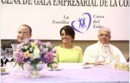 Primera Dama asiste a XVI Cena de Gala Empresarial de la Confraternidad, de la parroquia San Antonio de Padua