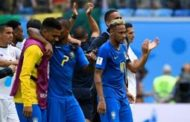 Brasil marca dos en el descuento y elimina a Costa Rica 2-0