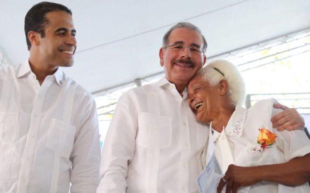 Danilo Medina entregará hoy títulos definitivos en Monte Plata