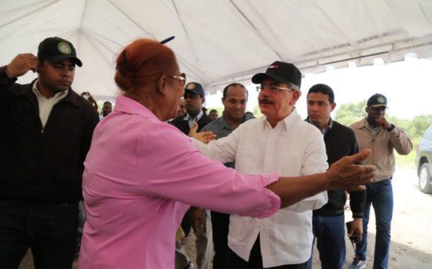 Danilo Medina realiza en Pedernales su Visita Sorpresa 214: