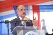 """VIDEO: Danilo Medina: """"Estamos desarrollando un nuevo modelo de servicio de salud pública para ofrecer servicio de calidad a la gente"""""""