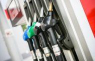 Caen los precios de todos los combustibles