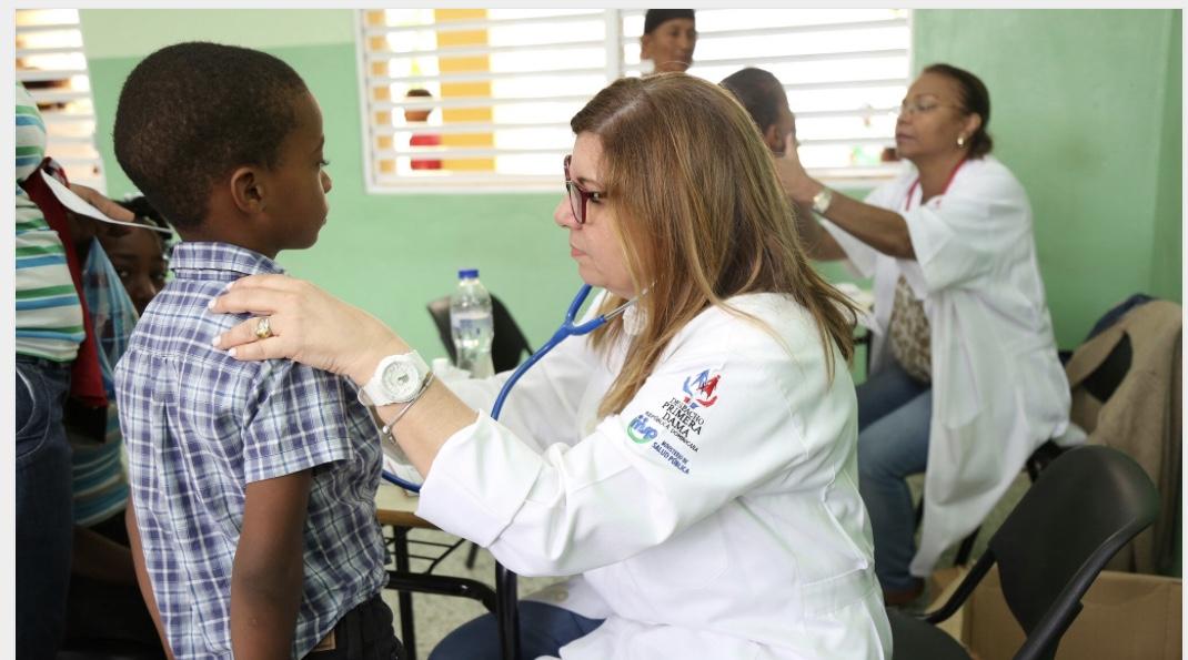 """Más de 3 mil cotuisanos reciben asistencia médica, medicinas y alimentos fortificados gracias a """"Cuenta Conmigo"""" del Despacho Primera Dama"""
