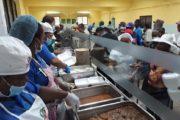 Comedores Económicos servirá hoy almuerzo especial gratis por Día Mundial de la Alimentación