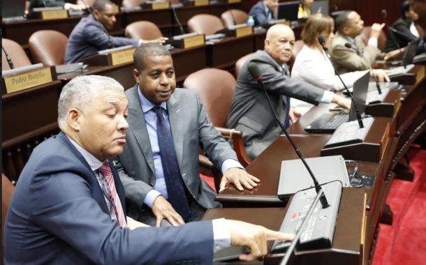 Diputados aprueban por tercera vez proyecto que prohíbe uso de la hookah