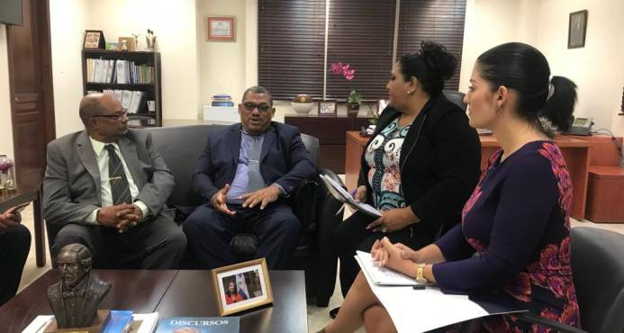 Cancillería investiga detención de 127 pescadores dominicanos en Bahamas