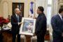Presidente Danilo Medina recibe a destacado jugador dominicano de Grandes Ligas, Bartolo Colón
