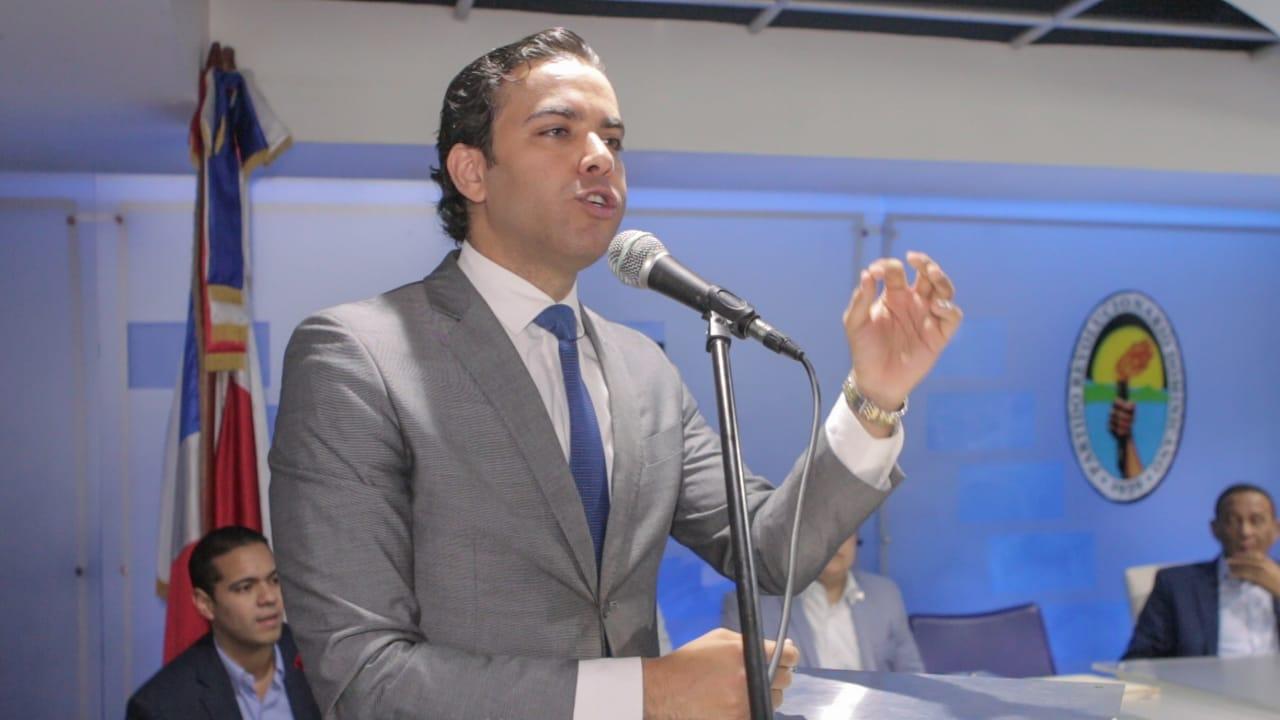 Juan Santos asume como nuevo Secretario Nacional de la juventud PRD