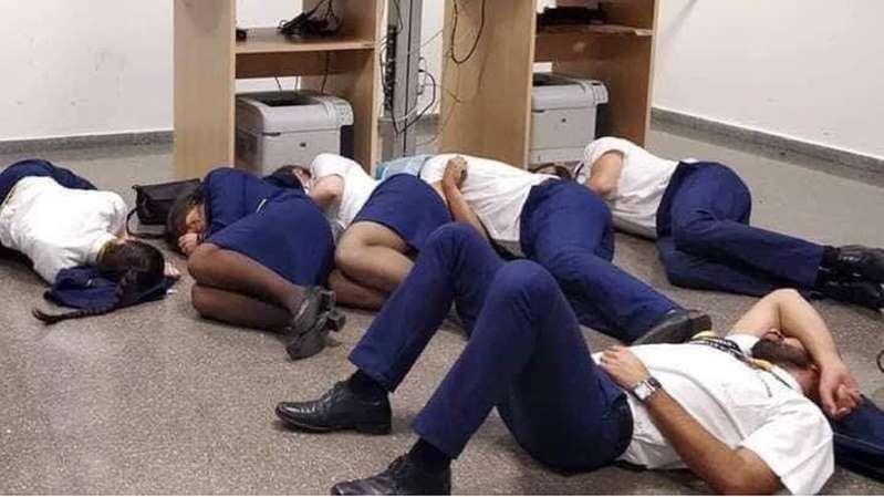 La foto por la que 6 tripulantes de Ryanair fueron despedidos