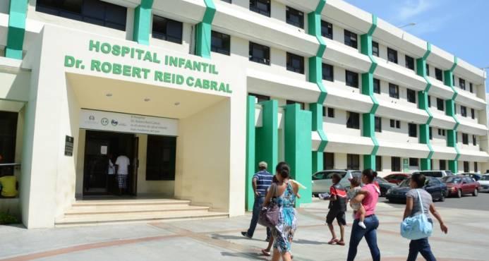 Hospital Robert Reid realiza cirugías de vías respiratorias