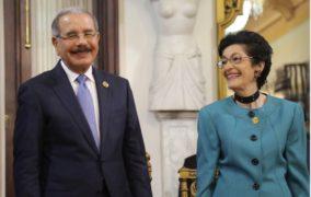 VIDEO: Presidente Danilo Medina entrega Premio Nacional de Periodismo 2018 a Carmenchu Brusiloff