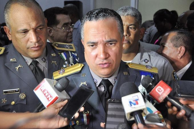 Director de la Policía Nacional lamenta muerte de coronel policial en Baní