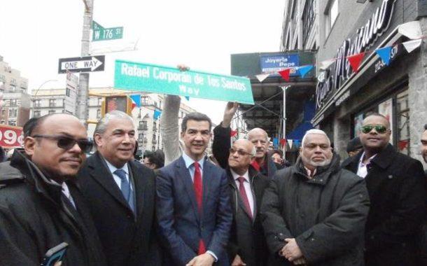 Colocan rótulo a calle de Nueva York con el nombre de Rafael Corporán de Los Santos