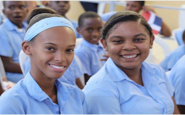 Presidente Danilo Medina entrega tres modernas escuelas para 1,925 estudiantes de San Cristóbal