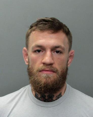 Arrestan en Miami Beach a boxeador Conor McGregor por