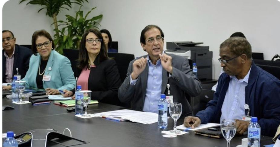 Gustavo Montalvo revisa acciones ejecutadas en el plan para mitigar la sequía y el ataque del escarabajo del pino