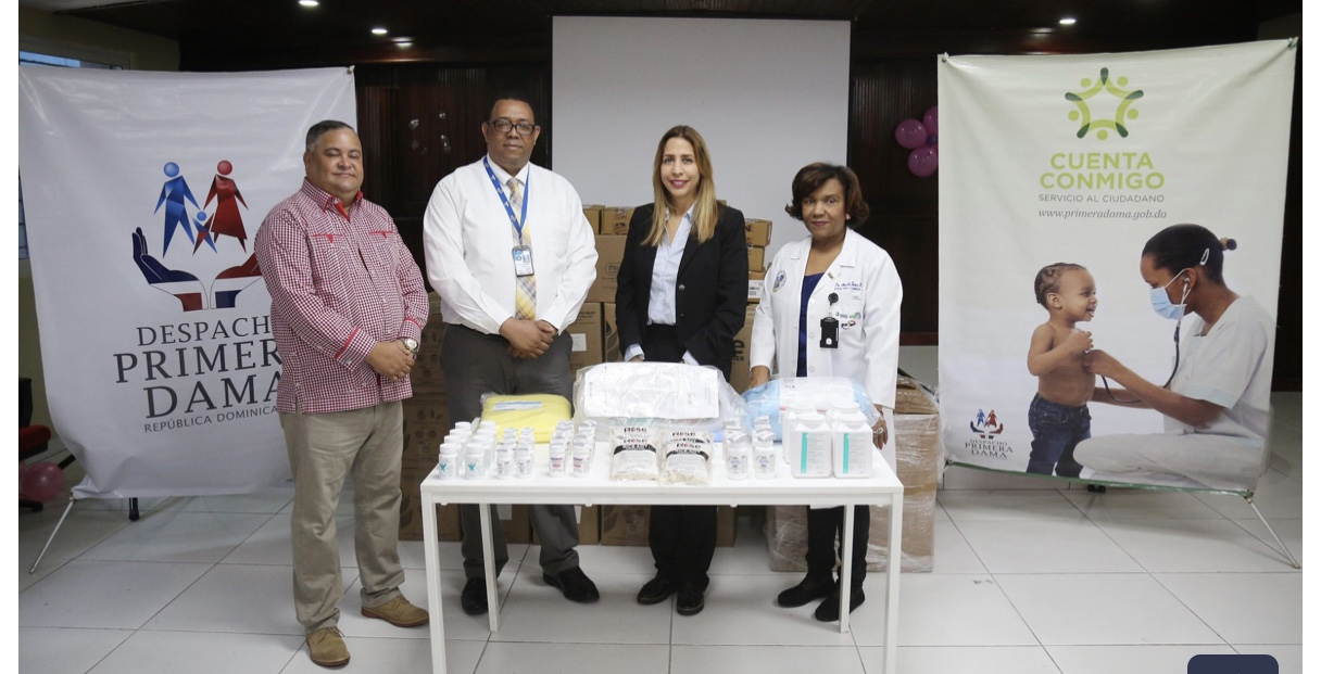 Despacho Primera Dama entrega medicamentos e insumos al Instituto Dominicano de Cardiología y Hospital Moscoso Puello
