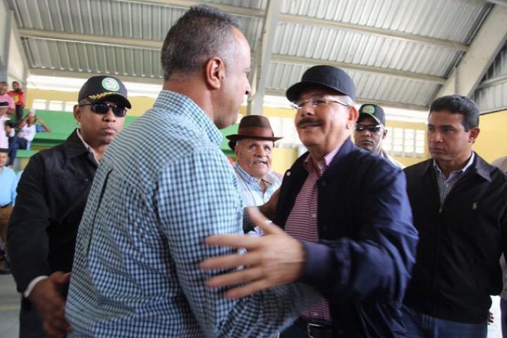 Visita Sorpresa 254: Danilo Medina apoya productores aguacate de Bohechio