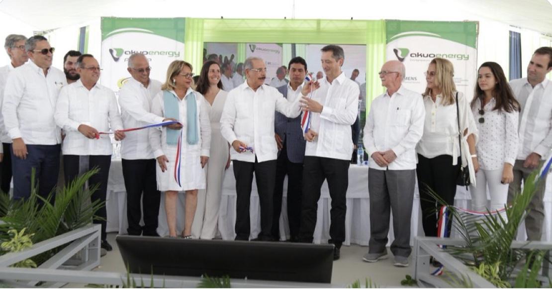 Danilo Medina participa en inicio operaciones PECASA, en Montecristi. Capacidad energía renovable instalada en RD asciende a 351 MW.