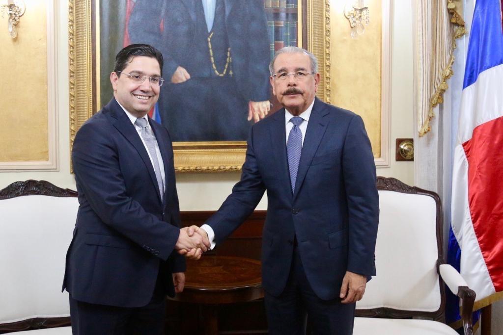Danilo Medina y ministro Asuntos Exteriores Reino de Marruecos conversan sobre cooperación en turismo, energía renovable y agricultura