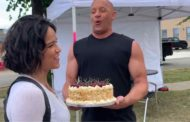 Vin Diesel le canta feliz cumpleaños a Michelle Rodriguez