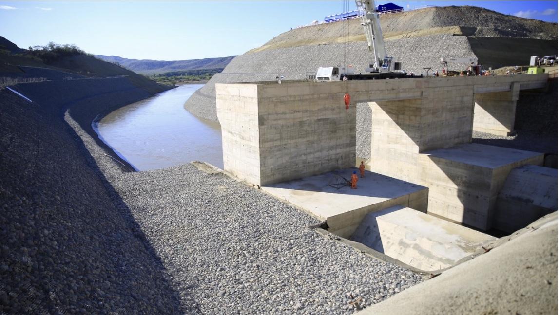 Presidente Danilo Medina deja abiertos túneles presa Monte Grande, una de las obras de mayor impacto en región Sur