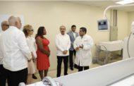 En La Romana, Danilo Medina participa en inicio operaciones remodelación y ampliación centro para imágenes médicas Diagnóstica Social