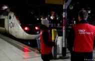 Trenes y vuelos anulados en Francia por la huelga contra la reforma de las pensiones