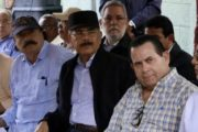 Visita Sorpresa a San Felipe Abajo, Duarte, mejorará ingresos cacaoteros. Intelectual francés, Ignacio Ramonet, acompaña a Danilo Medina