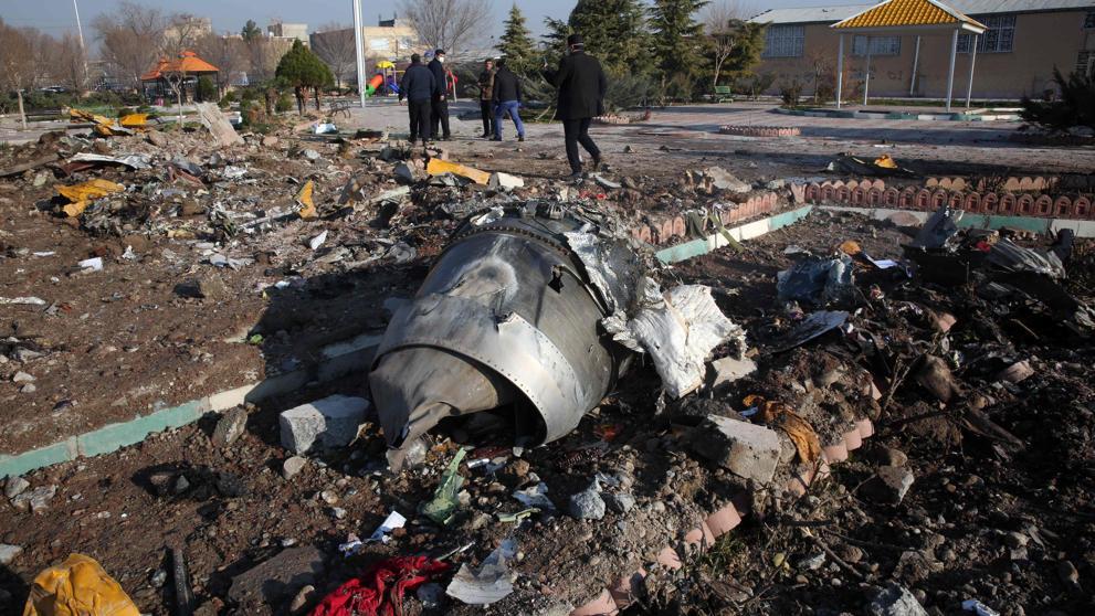 Un avión de pasajeros ucraniano se estrelló cerca del aeropuerto de Teherán: hay al menos 170 muertos