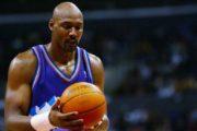 Afirman que Karl Malone hará saque de honor mañana en baloncesto de Santiago