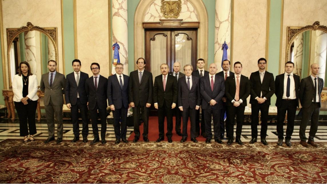 Danilo Medina recibe a representantes Mouvement des Entreprises de France (Medef), interesados en seguir invirtiendo en RD