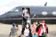 Llegan 15 dominicanos más traídos al país por Gonzalo Castillo