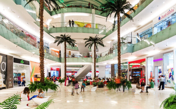 Gobierno autoriza reapertura de tiendas en centros comerciales bajo estrictas medidas de seguridad