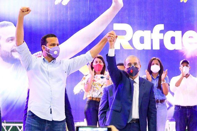Danilo Medina afirma Rafael Paz será un lujo como senador para la capital