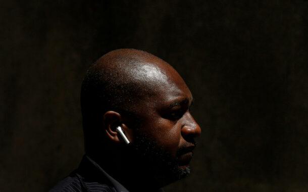 Apple promete gastar 100 millones de dólares para promover la igualdad racial