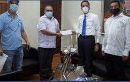 Gobierno entrega recursos prometidos en Visita Sorpresa a caficultores de Villa Trina para compra de minibús