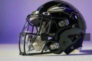 Presentan casco diseñado para prevenir la COVID-19 dentro de la NFL